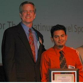 Dr. Jim Anderson Presenting Award At The 2008 Engineering Week Banquet